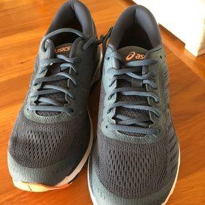 Brand New ASICS Gel-Kayano 24 Running Shoes
